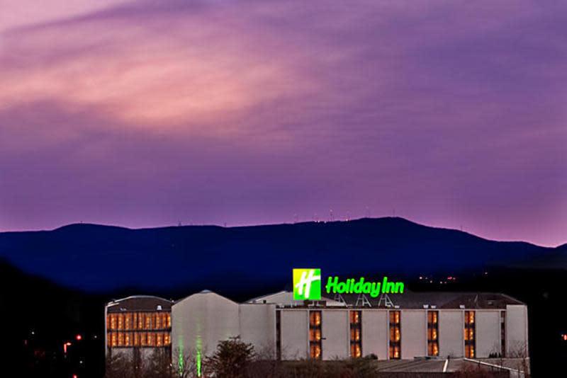 Holiday Inn Roanoke-Tanglewood
